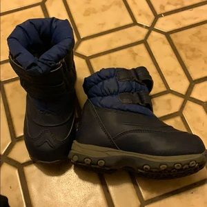 L.L. Bean Shoes - ll bean boots size 8